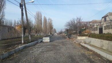 В Корабельном районе продолжают ремонтировать дороги и сети уличного освещения | Корабелов.ИНФО