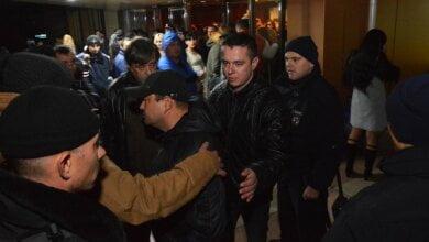 В Николаеве националисты попытались сорвать концерт Потапа и Насти - пришлось вмешаться полиции | Корабелов.ИНФО