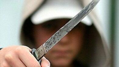 Полиция, спустя три месяца, нашла жителя Витовского района, ударившего ножом парня за замечание | Корабелов.ИНФО