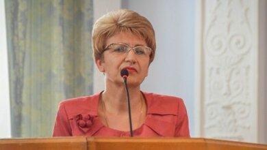 «Это их желание» — Деркач уверяла депутатов, что родители несут деньги в школы добровольно | Корабелов.ИНФО