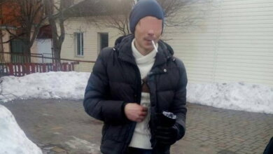 """""""Пригостили коноплею"""". Чоловік у стані наркотичного сп'яніння впав на зупинці в Корабельному районі   Корабелов.ИНФО"""