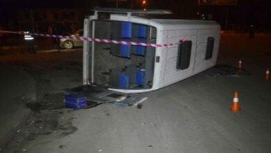 Пьяный водитель на «Тойоте» перевернул маршрутку в Николаеве: пострадали трое, в том числе беременная женщина | Корабелов.ИНФО image 1