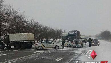На Николаевщине снова перекрыли все трассы   Корабелов.ИНФО