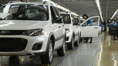 «АвтоВАЗ» прекратил поставки автомобилей в Украину   Корабелов.ИНФО