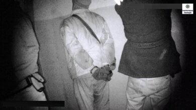 Троє мешканців Корабельного району намагалися обікрасти склад з металом і опинились в кайданках   Корабелов.ИНФО