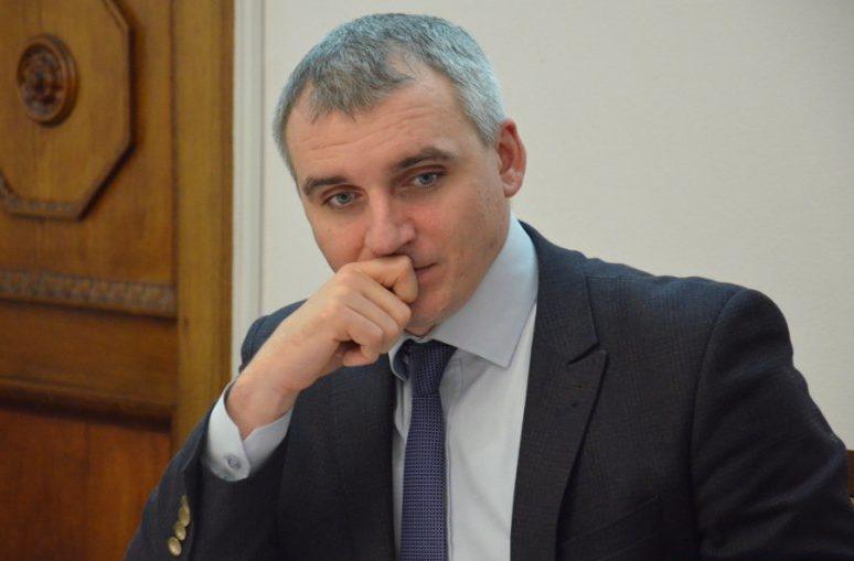 Photo of «Есть такое понятие как «жаба»… Ентин пытался протолкнуть свою фирму…» – Сенкевич об обысках в департаменте ЖКХ