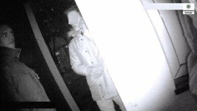 3+2: В Николаеве три парня и две девочки ограбили школьника   Корабелов.ИНФО