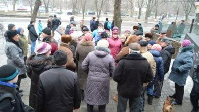 «Мы хотим, чтобы нас уважали, а не унижали», - жители Витовского района собирают подписи за смену перевозчика | Корабелов.ИНФО image 1