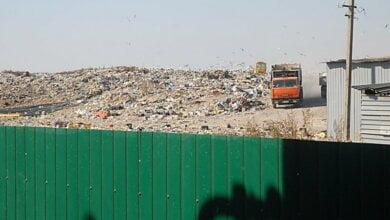 На мусорной свалке в Николаеве водителя мусоровоза ударило током в 10 тысяч вольт   Корабелов.ИНФО