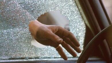 В Корабельном районе из Daewoo украли пистолет, регистратор и магнитолу | Корабелов.ИНФО