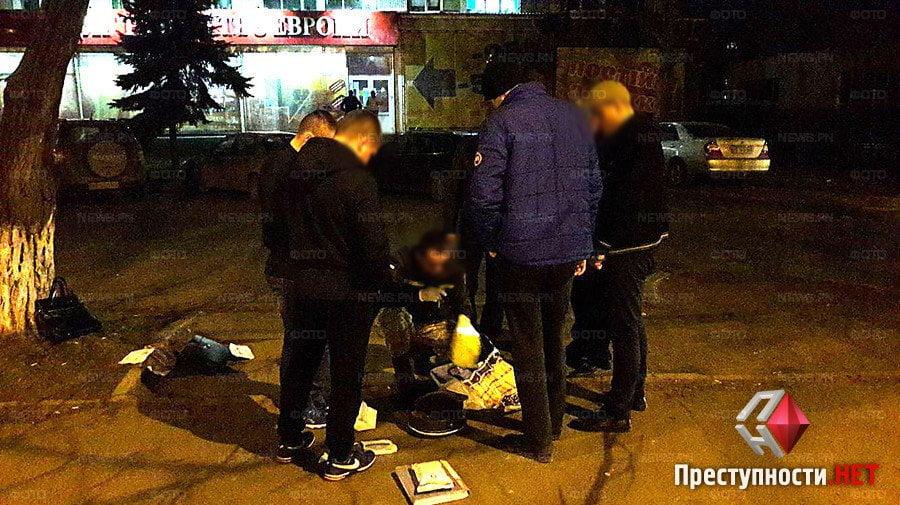 Photo of Оперативники СБУ посреди улицы в Николаеве задержали на взятке чиновника фискальной службы