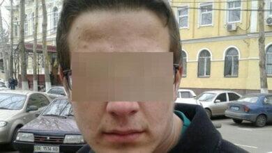 Патрульні в Миколаєві затримали чоловіка, який розшукувався через підозру у вчиненні крадіжки | Корабелов.ИНФО