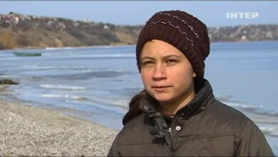 Под Николаевом девочка из неблагополучной семьи ела то, что оставляют на могилах | Корабелов.ИНФО
