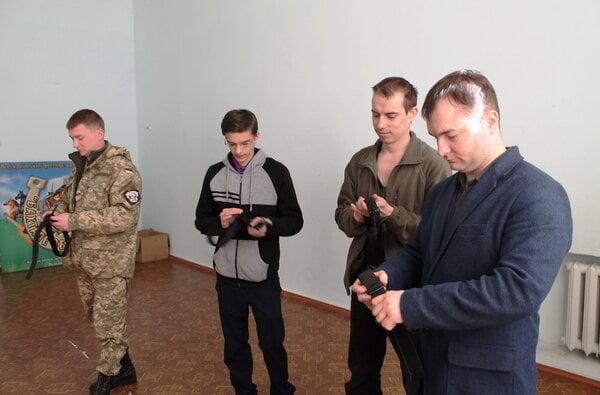 Першу медичну та першу психологічну допомогу воїнам АТО вчили надавати у Корабельному районі   Корабелов.ИНФО image 1