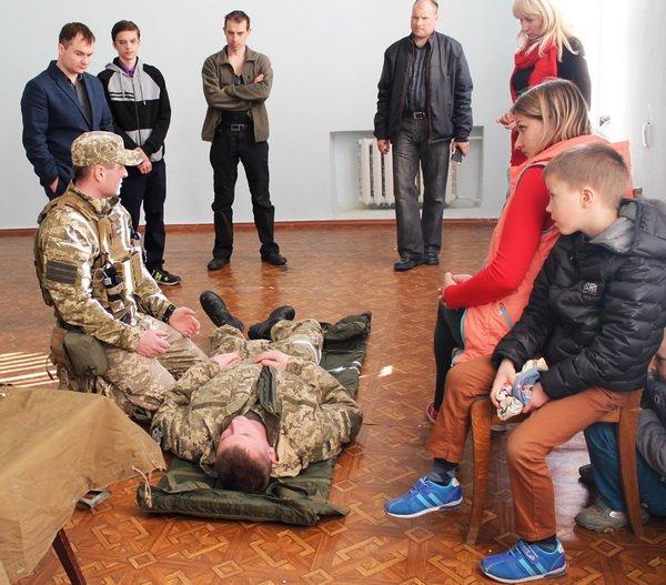 Першу медичну та першу психологічну допомогу воїнам АТО вчили надавати у Корабельному районі   Корабелов.ИНФО image 2