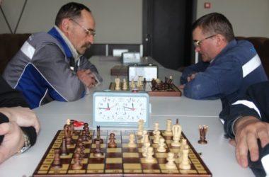 «Ника-Тера» определила победителей шахматного турнира среди работников порта | Корабелов.ИНФО image 1
