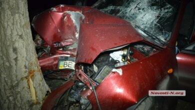 В Николаеве «Ланос» столкнулся с другим «Ланосом» и врезался в дерево — водитель погиб | Корабелов.ИНФО image 1