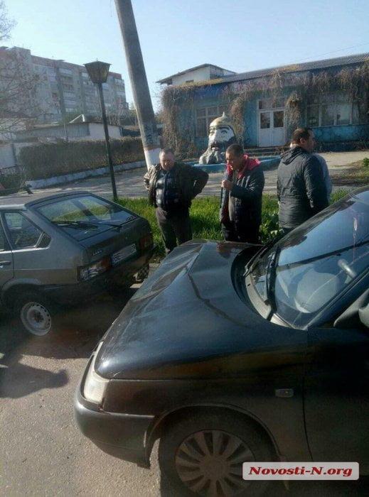 Возле головы Черномора в Корабельном районе столкнулись два «ВАЗа», один из которых - учебный | Корабелов.ИНФО image 3