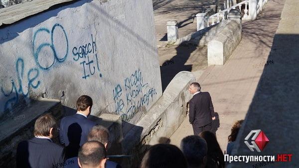 Мэр-экскурсовод: Сенкевич покатал чиновников по проблемным местам города   Корабелов.ИНФО image 8
