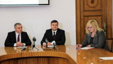 """После """"наездов"""" губернатора на НГЗ, его руководство подписало с Сенкевичем договор на 5 млн грн о соцпартнерстве   Корабелов.ИНФО"""