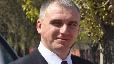 Photo of «Вовремя предать — это не предать, а предвидеть», — Сенкевич оправдывает депутатов, меняющих партии