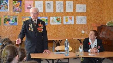 Учасники Другої Світової війни завітали до Дитячого центру позашкільної роботи Корабельного району | Корабелов.ИНФО image 1