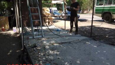 Незаконные МАФы в Корабельном демонтирует администрация Центрального района по поручению мэра (ВИДЕО) | Корабелов.ИНФО image 10