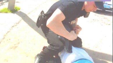 Шукаючи авто, з якого торгували наркотиками у Корабельному районі, патрульні затримали одного з підозрюваних | Корабелов.ИНФО image 3