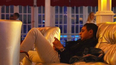 «Смертельной больной» Казимиров, выпущенный из тюрьмы, веселится в ночных клубах   Корабелов.ИНФО