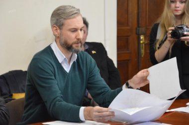 Неизвестными избит депутат горсовета Апанасенко: его доставили в БСМП и уже прооперировали