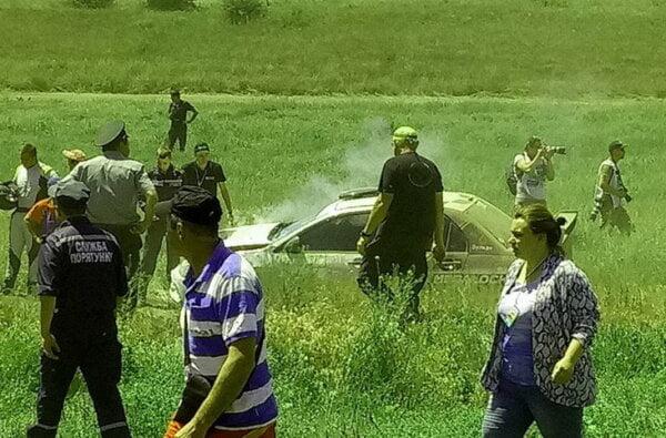 Несчастный случай на Николаевском ралли: гоночный автомобиль сбил насмерть перебегавшего трассу зрителя (ВИДЕО) | Корабелов.ИНФО image 2