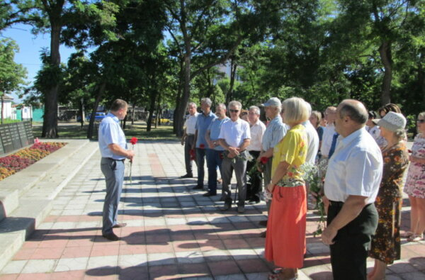 У Корабельному районі відзначили День скорботи і вшанування пам'яті жертв Другої світової війни в Україні | Корабелов.ИНФО image 1