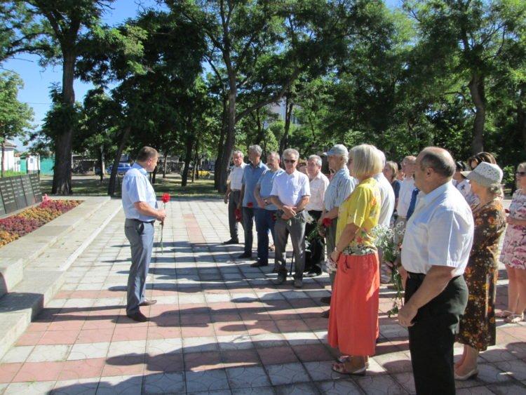 Photo of У Корабельному районі відзначили День скорботи і вшанування пам'яті жертв Другої світової війни в Україні