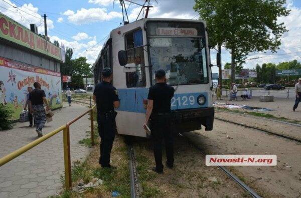 На проспекте Богоявленском 82-летняя пенсионерка попала под трамвай   Корабелов.ИНФО