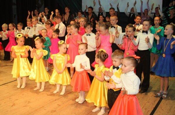 Він живе танцем, а його школу пройшли біля тисячі вихованців. У Корабельному відбувся концерт на честь Юрія Крижановського   Корабелов.ИНФО image 2