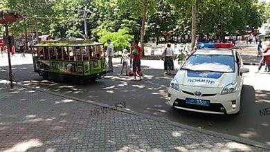 Photo of В Николаеве полицейские изъяли детский электротрамвай и девять машинок, которые катали детей