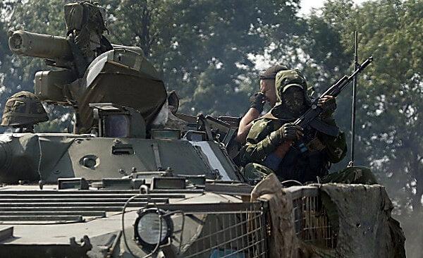 Обстрел боевиками позиций украинских военных: один боец погиб, еще семеро ранены   Корабелов.ИНФО