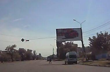 «Маршрутка» в Корабельном районе дважды проехала на красный сигнал светофора | Корабелов.ИНФО