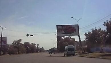 Photo of «Маршрутка» в Корабельном районе дважды проехала на красный сигнал светофора