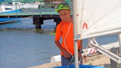 В Николаеве в честь Дня ВМС стартовала регата, в которой участвуют дети | Корабелов.ИНФО image 1