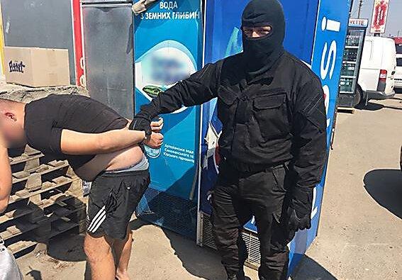 Бывают же честные... На Николаевщине начальник отдела полиции отказался от взятки в 300 тысяч гривен   Корабелов.ИНФО image 4