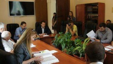Photo of Депутаты поддержали регистрацию проекта об импичменте мэру Сенкевичу (ВИДЕО)