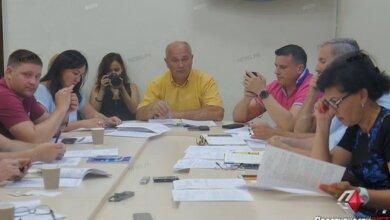 Photo of «Прекратите эксперименты над людьми»: депутаты выступили против объединения маршрутов в Корабельный район и Матвеевку