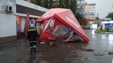 В Корабельном районе из-за непогоды затопило дома, снесло торговый навес, отключилось электричество | Корабелов.ИНФО