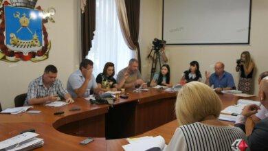 Депутаты обвинили мэра Николаева в том, что коммунальные предприятия, где он назначил директоров, убыточны | Корабелов.ИНФО