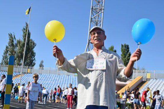 Photo of День Независимости в Николаеве начался с пробега в вышиванках