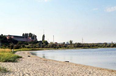 В речной воде у маяка в Корабельном районе содержание кишечной палочки - выше нормы в 140 раз   Корабелов.ИНФО