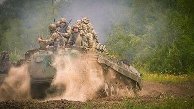 «Кто не согласен - доказывайте позицию в окопе», - Турчинов предлагает увеличить денежное содержание военных | Корабелов.ИНФО