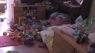 Еще одна жертва халатности родителей. В Киеве с 16-го этажа выпала девочка | Корабелов.ИНФО