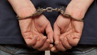 3 секції паркану + старі гріхи: крадія-рецидивіста у Корабельному районі засудили до позбавлення волі майже на півтора року | Корабелов.ИНФО
